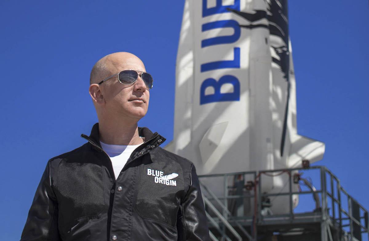 Jeff Bezos BlueOrigin 3